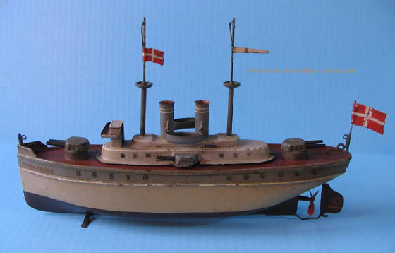 Marklin toy  boat battleship PETER SCRAM,  29 cm.