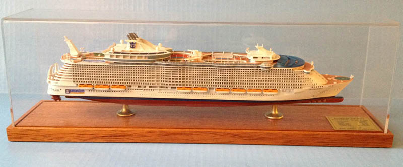 Allure of the Seas cruise ship  scale model.jpg
