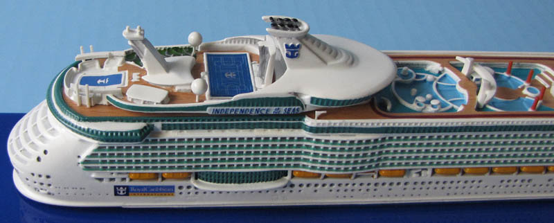 Scale FREEDOM Of The SEASclass Cruise Ship Models - Cruise ship independence