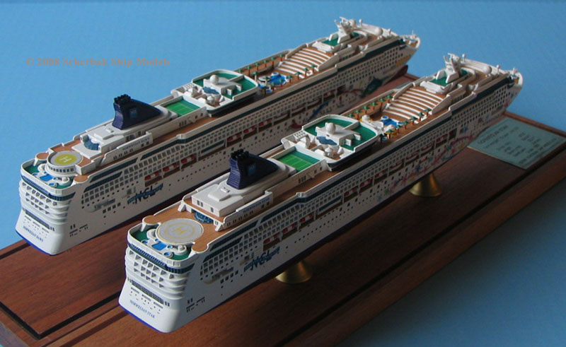 Norwegian Dawn and Star cruise ship models