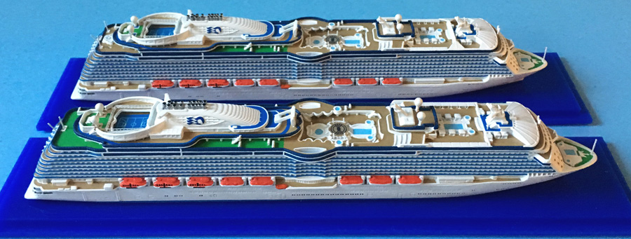 Royala dn Regal Princess cruise ship models 1250