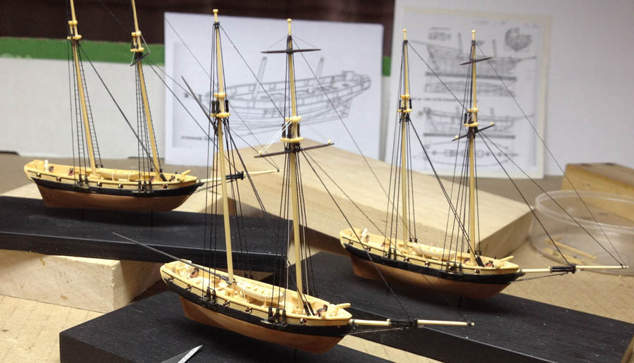 Baltimore clipper ship model 1:384 scale.jpg