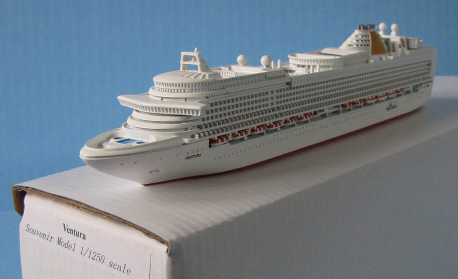 P&O VENTURA cruise ship model 1:1250 scale